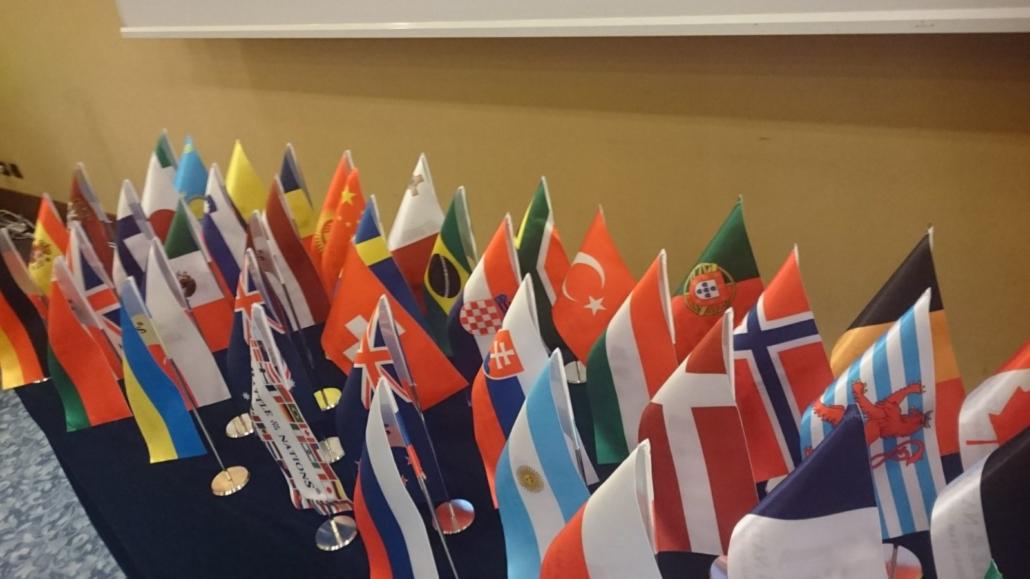 HMBIA 2017 - Roma Zirvesi - bayraklar