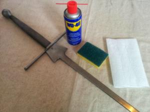 Kılıç, WD-40 ve bez